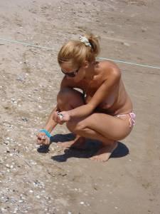 Perfect-Blonde-%40-Beach-Voyeur-37cdo6aj5q.jpg