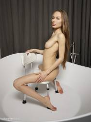 Jolie-Nude-Spa-37-pictures-14204px-r7ch48sxd3.jpg