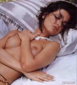 Alessia-Merz-Italian-47c8djxf6j.jpg