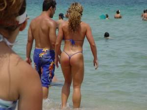 Voyeour-Beach%21-o7clasiz26.jpg