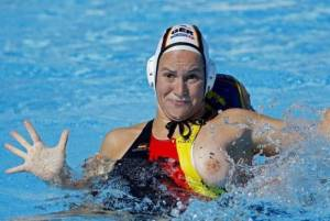 sexy-oops-flashing-girls-at-waterpolo-x52-c7ddwkoxqp.jpg