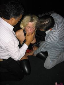 Blonde-Wife-Who-Loves-Gangbangs-And-Leather-Stockings-x190-m7decjlfxz.jpg