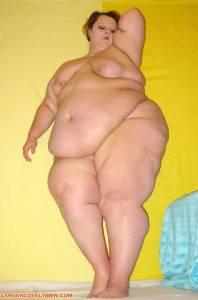 Big-bikini-babe-o7dec2mmn2.jpg