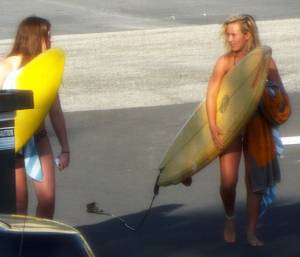 Candid-Street-Photos-Bikini-Cutie-32-Jailbait-surfer-girls-r7di41imw3.jpg