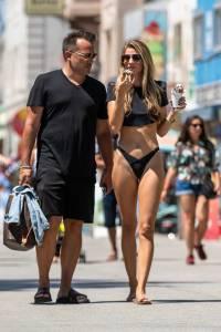 Rachel McCord - Topless Boob-Slip in Venice Beach (NSFW)c7d4ef8xuu.jpg