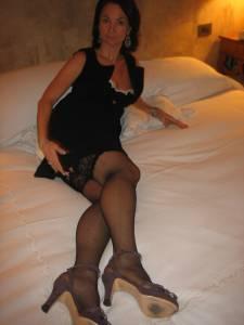 Camilla-Italian-MILF-%28191-foto%29-37dki5lll1.jpg