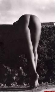 Monica-Bellucci--Sexy%2CTopless%2CNude-Pics-of-Hot-Italian-Bombshell-%5Bx435%5D-r7dtasf7tc.jpg