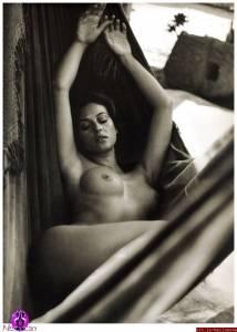 Monica-Bellucci--Sexy%2CTopless%2CNude-Pics-of-Hot-Italian-Bombshell-%5Bx435%5D-h7dtbf0gja.jpg