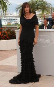 Monica-Bellucci--Sexy%2CTopless%2CNude-Pics-of-Hot-Italian-Bombshell-%5Bx435%5D-07dtawrtvm.jpg
