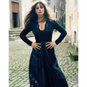 Monica-Bellucci--Sexy%2CTopless%2CNude-Pics-of-Hot-Italian-Bombshell-%5Bx435%5D-y7dtbf9fwx.jpg