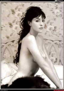Monica-Bellucci--Sexy%2CTopless%2CNude-Pics-of-Hot-Italian-Bombshell-%5Bx435%5D-s7dtbfee6u.jpg