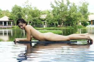 Asian-Young-Mother-Facebook-With-Naked-Pics-%5Bx73%5D-f7edpfpnb3.jpg