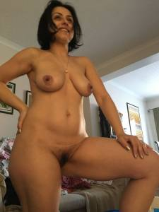 Hairy-Arab-wife-%5Bx24%5D-y7fa5kj6u5.jpg