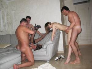 Homemade-Gangbang-Party-Sex-XXX-w7faivaehx.jpg