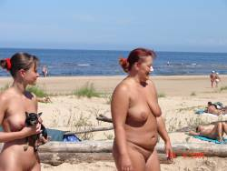 Nude-On-Vacation-b7fan2n0rm.jpg