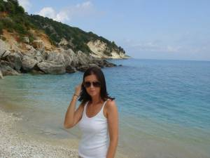 Topless-Vacation-in-Zakynthos-Greece-%5Bx64%5D-37fauvqpr2.jpg
