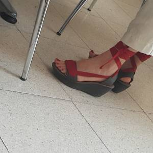 Turkish-teacher-feet-candids-%5Bx18%5D-h7fbaals5l.jpg