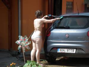 Hot-Wife-Bikini-Carwash-%5Bx103%5D-g7fbbk2fjd.jpg