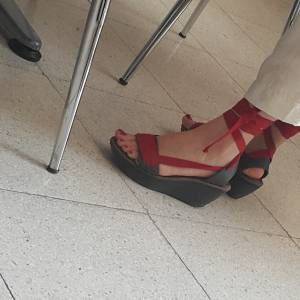 Turkish-teacher-feet-candids-%5Bx18%5D-q7fbaamipa.jpg
