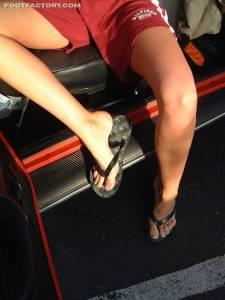 Tall-Goddess-Car-Feet-x24-x7fbaisizo.jpg