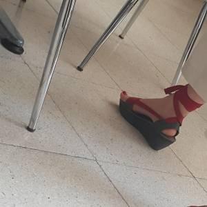 Turkish-teacher-feet-candids-%5Bx18%5D-i7fbaap021.jpg
