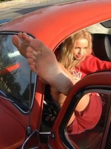 Tall-Goddess-Car-Feet-x24-e7fba0b52c.jpg