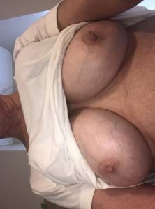 MILF-Julie-Flashing-Her-Big-Tits-%5Bx11%5D-m7faxdqhba.jpg