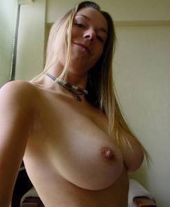 Hairy-Blonde-With-Big-Tits-Selfies-%5Bx41%5D-y7faxni7aa.jpg