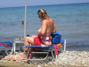Voyeur-Greece-Bikini-Change-%5Bx12%5D-p7fbguws7g.jpg