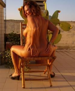 -Italian-nudist-couple-%28165-Pics%29-s7fd5hhcdy.jpg