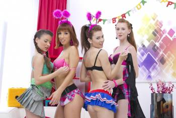 Timea-Bella%2C-Anita-Bellini%2C-Linda-Sweet%2C-Tina-Hot-SZ583-%281024px%29-x-73-i7ffl0shz0.jpg