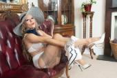 Michelle Moist - Return of a racy lady!s75253kw4w.jpg